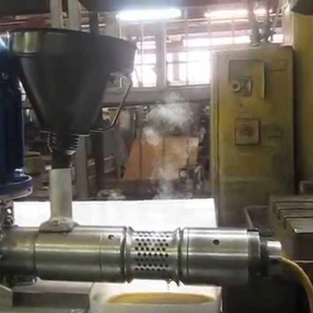 Шнекові преси нагрівають насіння понад 50°C