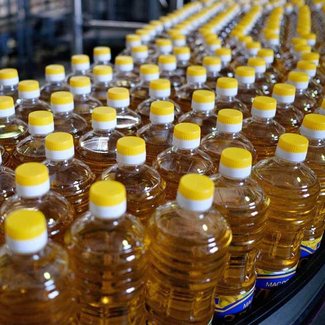 Звичайні олії довго стоять на вітрині або на складі